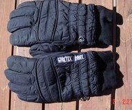 Men's snow ski/snow mobiling gloves in Alamogordo, New Mexico