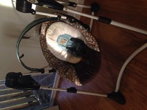 Graco Baby Swing /Teal Owl Theme in Fort Lewis, Washington