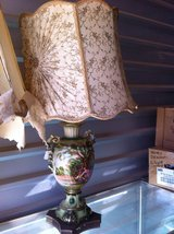 Antique hand painted lamps in Alamogordo, New Mexico