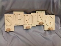 NWT Wood Spring Plaque Wall Hanger 12x5 Ready to Paint in Kingwood, Texas