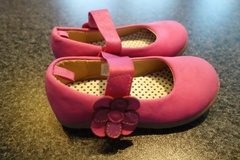 Pink Suede Shoes with Rubber Sole in Stuttgart, GE