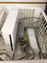 NINTENDO WII COMPLETE with game in Elizabethtown, Kentucky