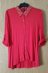 #98 NWT women size LARGE red blouse in Columbus, Georgia