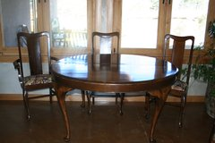 Antique Queen Ann Dining Table & 6 Chairs Reduced in Ruidoso, New Mexico