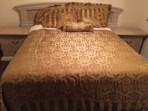 queen size comforter in Conroe, Texas