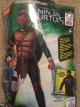 Ninja Turtle Medium 8-10 costume in Orland Park, Illinois