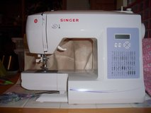 Singer electronic sewing machine (Brilliance) in Clarksville, Tennessee