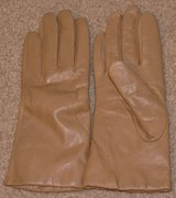 THINSULATE LINED REAL LEATHER GLOVES in Travis AFB, California