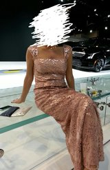 Formal Dress Size 4 Long Sequin Gown Pink / Rose in Glendale Heights, Illinois