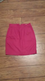Amanda Smith Petites Dress Skirt, Size 6 Petite in Kingwood, Texas