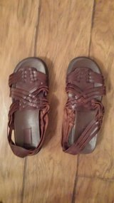 Sandals, Size 9M in Houston, Texas