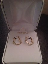 Real gold earrings in Fort Campbell, Kentucky