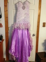 Formal Feather High/Low Dress size 4 in Yorkville, Illinois