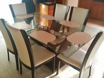 Glass dining table and 6 chairs in Baytown, Texas