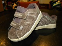 Sketchers Kids Baby Toddler Leather Sneakers Shoes Size 9 in Camp Lejeune, North Carolina