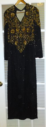VINTAGE SCALA BEADED BLACK AND GOLD BEADED DRESS - LARGE in Camp Lejeune, North Carolina