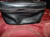 Coach make up bag in Oswego, Illinois