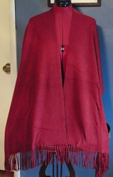 #4 EAST 5TH RED FRINGED CAPE - NWT in Camp Lejeune, North Carolina