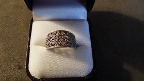 Silver Leaf Ring in Fort Lewis, Washington