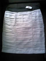 H&M skirt size 16 NWT in 29 Palms, California
