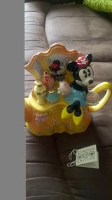 cardew limited edition minnie mouse teapot £45 in Lakenheath, UK