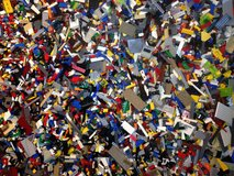 Legos 2.5 Pounds Bulk Random Clean Assorted Parts & Pieces - BY THE POUND in Oswego, Illinois