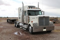 Western Star,2006 & 07 Flatbed. in Alamogordo, New Mexico