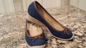 Comfortable wedge  shoes 7.5 in The Woodlands, Texas