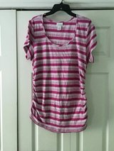 maternity shirt sz. x-large in Pleasant View, Tennessee