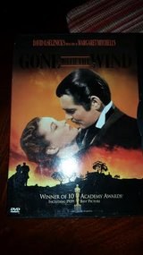 Gone with the Wind / Dvd in Fort Campbell, Kentucky