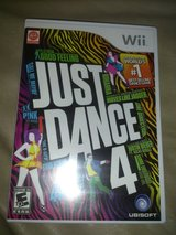Just Dance 4 in Tinley Park, Illinois