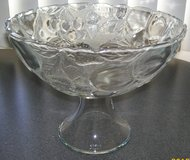 Vintage Large Heavy Glass Serving Dish in 29 Palms, California