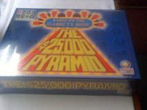New still wrapped $ 25000.00 Pyramid Game in Ramstein, Germany