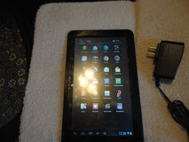 NOBIS 9 inch tablet used  BLUE screen is perfect in Fort Campbell, Kentucky