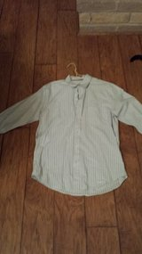 Aeropostale Button-Down Shirt, Size Medium in Kingwood, Texas