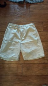 Roundtree & Yorke Shorts, Size 32 in Kingwood, Texas