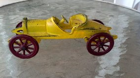cast iron race car in Ottumwa, Iowa