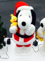 Snoopy in Santa outfit in Elgin, Illinois