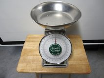 Yomato 30lb. +2  Accu-Weigh Universal Dial Scale in Fort Campbell, Kentucky
