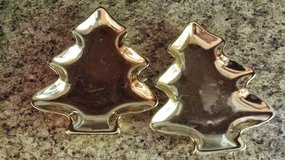 CHRISTMAS DISH GOLD PLATE SET OF 2 in Shorewood, Illinois
