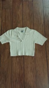 Light Tan Crop Shirt, Size Medium in Kingwood, Texas