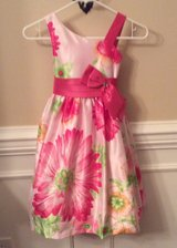 Jayne Copeland Floral print dress in Fort Campbell, Kentucky
