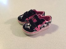hello kitty vans sz.4 in Fort Campbell, Kentucky