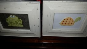 Frog Turtle Picture Set in Fort Campbell, Kentucky