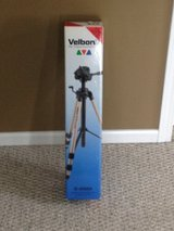 Velban S-6000 Tripod in Shorewood, Illinois