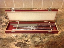 NWT Carving Set in Glendale Heights, Illinois