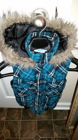 Turquoise / Black Hooded Ski Jacket in Fort Campbell, Kentucky
