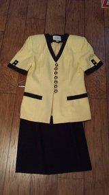 Yellow/Black Suit, Size 4 in Kingwood, Texas