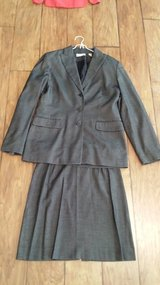 Amanda Smith Suit, Size 8 in Kingwood, Texas