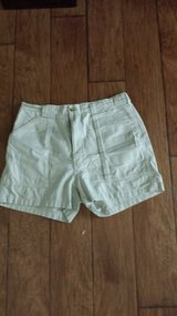 Hook & Tackle Tan Shorts, Size 38 in Houston, Texas